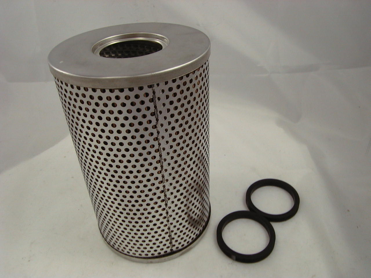 Massey Ferguson Hydraulic Filter Located On : Massey ferguson  hydraulic filter